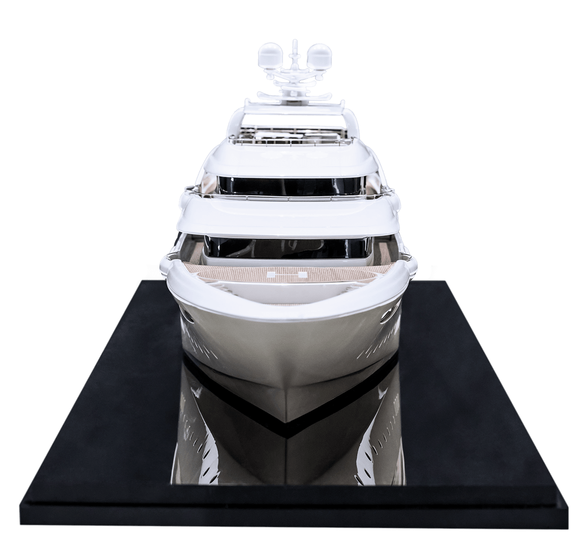 golden yacht model maker group